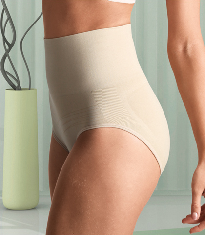 Carnival Seamless Shapewear Mid Waist Brief Shaper 801